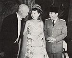 Dwight Eisenhower, Mamie Eisenhower, and Sukarno, Presiden Soekarno di Amerika Serikat, p18.jpg