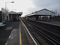 Earlsfield station slow platforms look south2.JPG