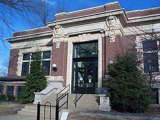 Evansville Vanderburgh Public Library - The East Branch Library