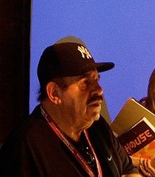 Ed Benguiat 2008 (decupat) .jpg