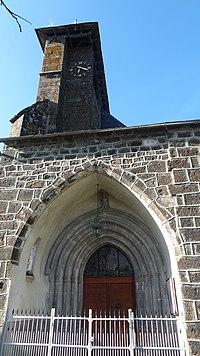 Eglise de Saint-Martin-sous-Vigouroux 03.JPG