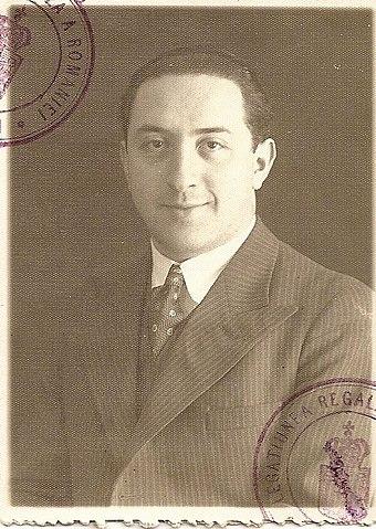 1930 год, Трансильвания, на фото видны штампы по румынски