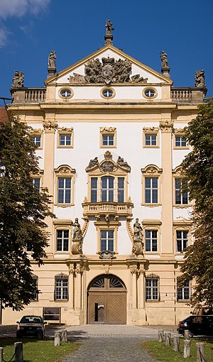 Eingangsfront der Residenz Ellingen