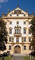 Ellingen Schloss Fronteingang SK 0001.jpg