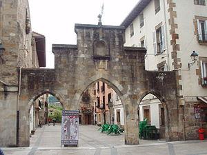 Elorrio - An archway in Elorrio