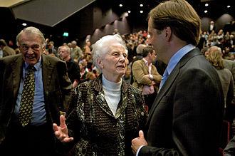 Els Borst - Els Borst with Hans van Mierlo and Alexander Pechtold in 2009.