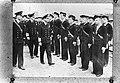 Engelse koning George VI inspecteert een erewacht van de Koninklijke Marine, Bestanddeelnr 935-0161.jpg