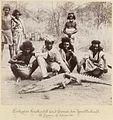 Esterházy-Galántha - Erlegtes Krokodil am Fluss Setit mit Jägern.jpg