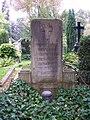 Eva Plaschke von der Osten Grab.JPG