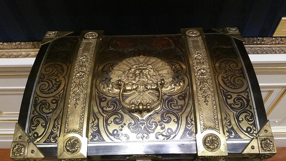Example of Boulle Marquetry from the Wallace Collection in London 5