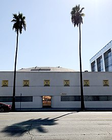 Exterior of 6000 Sunset Boulevard, Los Angeles.jpg