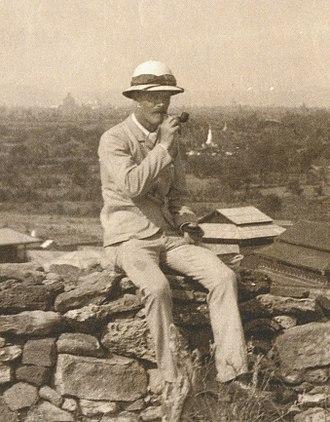 F. O. Oertel - F.O. Oertel in Bagan (1892)