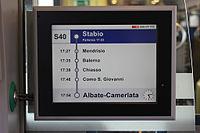 FFS RABe 524 014 interno monitor 110915.jpg