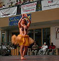 Festal Hawaiian dancers 07.jpg