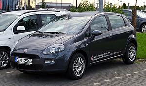 GM Fiat Small platform - Image: Fiat Punto 1.4 8V Start&Stopp Pop (III, 2. Facelift) – Frontansicht, 30. Juli 2012, Düsseldorf