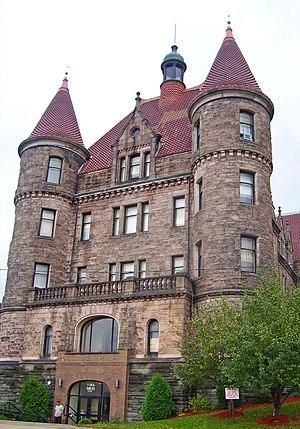 Finch Building (Scranton, Pennsylvania) - Building front elevation in 2007