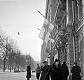 Finnish flag at half-mast interim peace Helsinki 1940.jpg