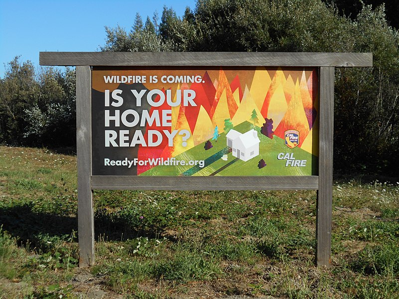 File:Fire danger sign (21742337900).jpg