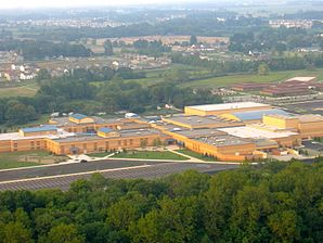 Fishers High School PreExpansion 2008.jpg