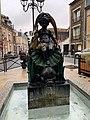 Fontaine Rosettes Fontenay Bois 4.jpg