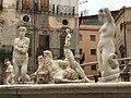 Fontana pretoria-particolare.jpg