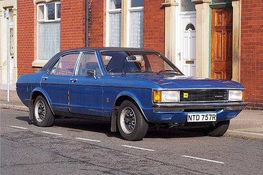 Blue Ford Granada Mk I