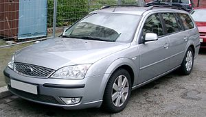 Ford Mondeo (second generation) - Image: Ford Mondeo Turnier front 20080417