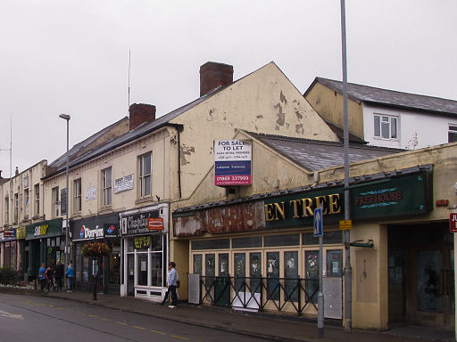 Former Litten Tree and chain fastfood stores, Marlborough Square, Coalville (geograph 4651031)