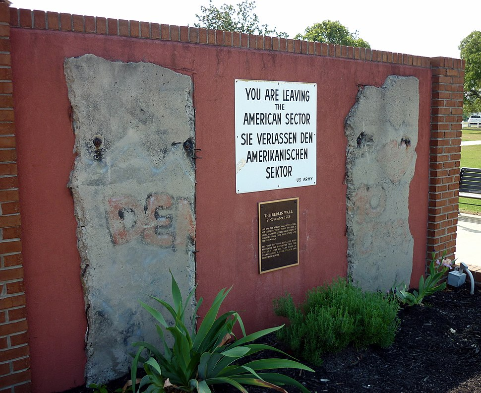 Fort Gordon%27s Berlin Wall Display