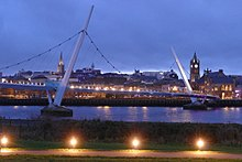 Foyle Bridge Derry at Dusk Oblique.jpg