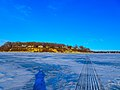 Frozen Lake Mendota - panoramio (3).jpg