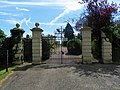 GOC Redbourn 111 Entrance gates to Childwickbury Manor (23838507299).jpg