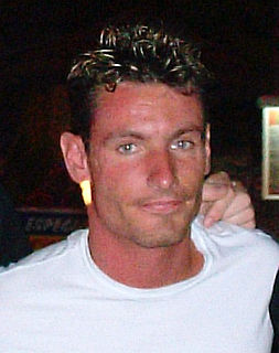 Dean Gaffney British actor