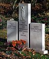 Gedenkstein Viering Ducke Hauptfriedhof Erfurt.jpg