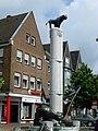 Geldern – Drachenbrunnen am Markt - panoramio.jpg