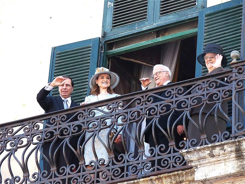 George Abela sworn in, balcony, Valletta