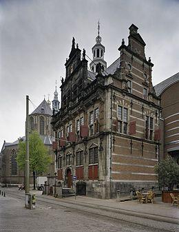 Iets Nieuws Oude stadhuis (Den Haag) - Wikipedia &RF54