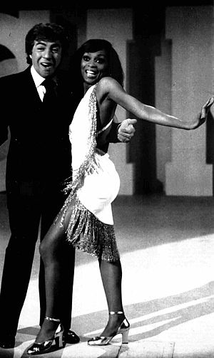 Lola Falana - Falana with Gino Bramieri on the Italian TV show Hai visto mai?, 1973