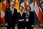 Global Coalition to Defeat ISIS Ministerial (40141350873).jpg