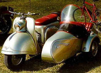 Glas - Glas Goggo scooter with sidecar
