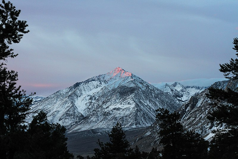 File:Good Morning from Mount Whitney (Unsplash).jpg