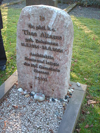 Thea Altaras - Grave of Thea Altaras in Giessen, Germany.