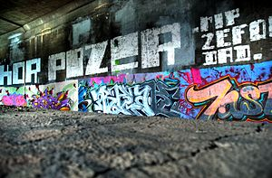 Broad Street Bridge (Rochester, New York) - Image: Graffiti at Broad Street Aqueduct in Rochester, NY