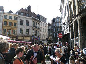 Une rue de Lille lors de la Grande Braderie de...