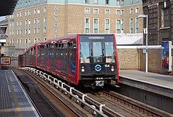 Greenwich station MMB 05 154.jpg