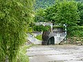 Grille en forme de tête de poisson @ Bassin de Loverchy @ Parc du Val Vert @ Seynod (50884895137).jpg