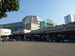 Guangzhou East Station01.jpg