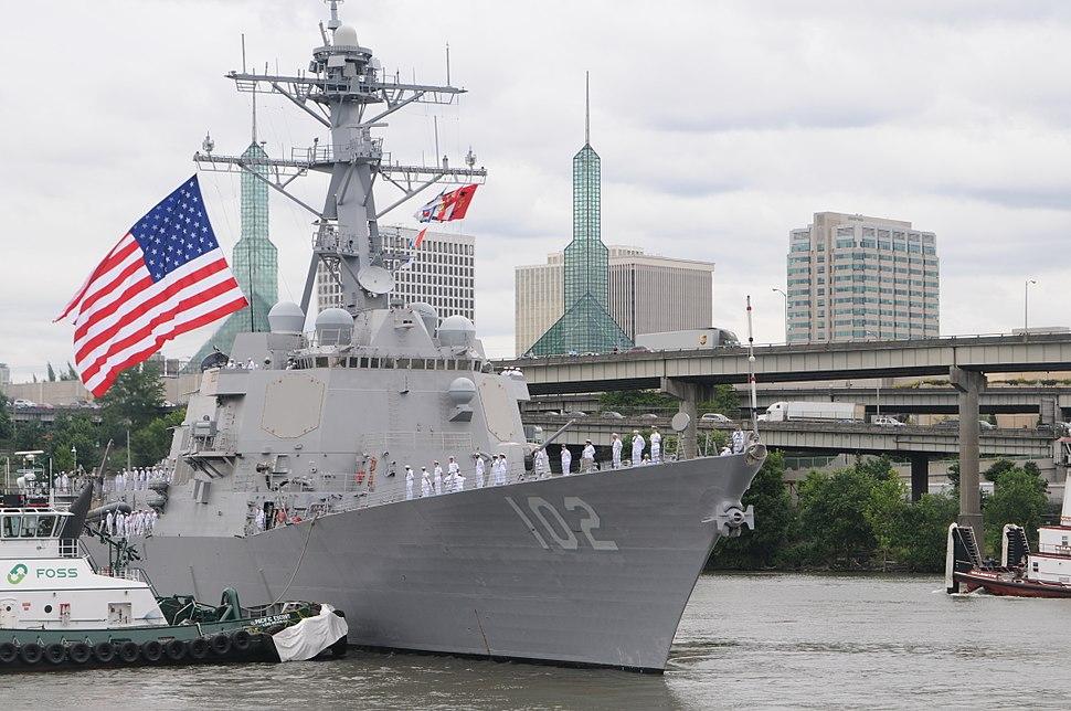 Guided-missile destroyer USS Sampson (DDG 102) arrives to celebrate Portland Fleet Week during the 103rd annual Rose Festival