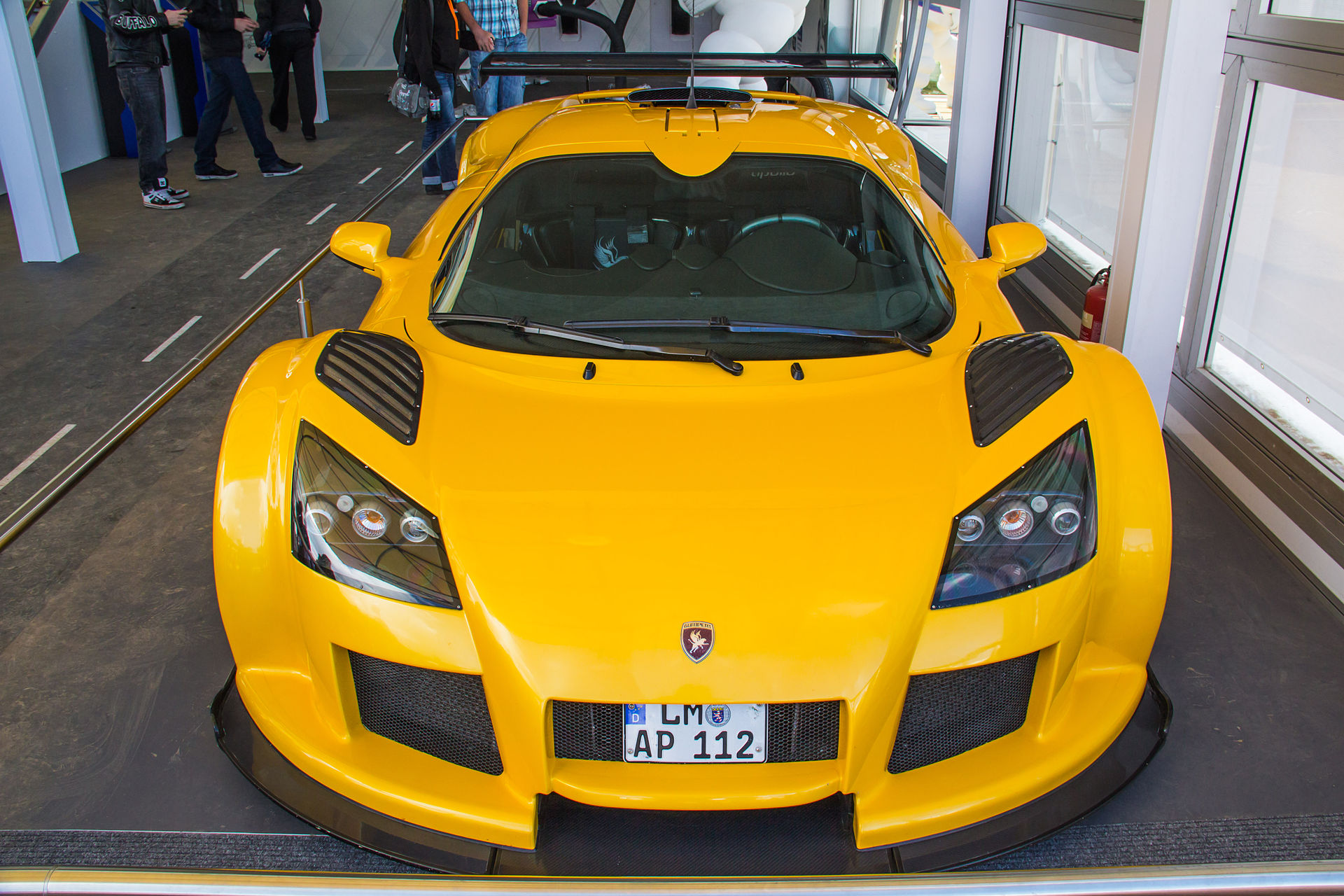 Px Gumpert Apollo S