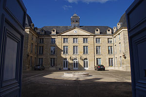 University of Poitiers - The headquarters of the university of Poitiers in the city center